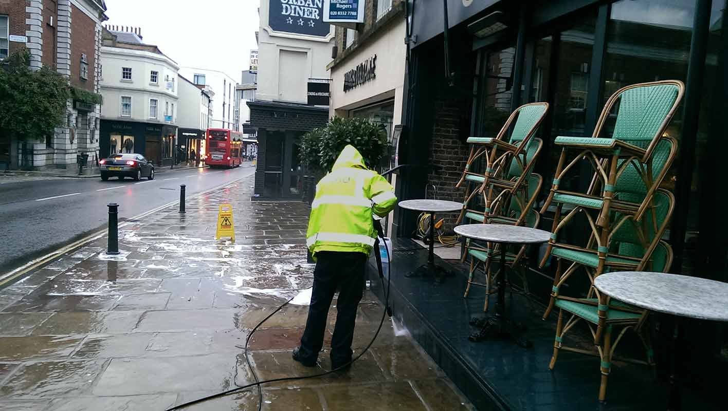 Patio Cleaning Service London Restaurant